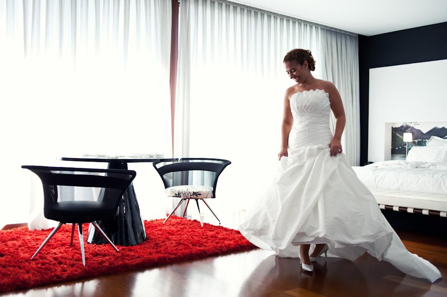 pamela-pepo-boda-en-la-parroquia-san-juan-bautista-y-el-hotel-hilton-airport-de-madrid-18