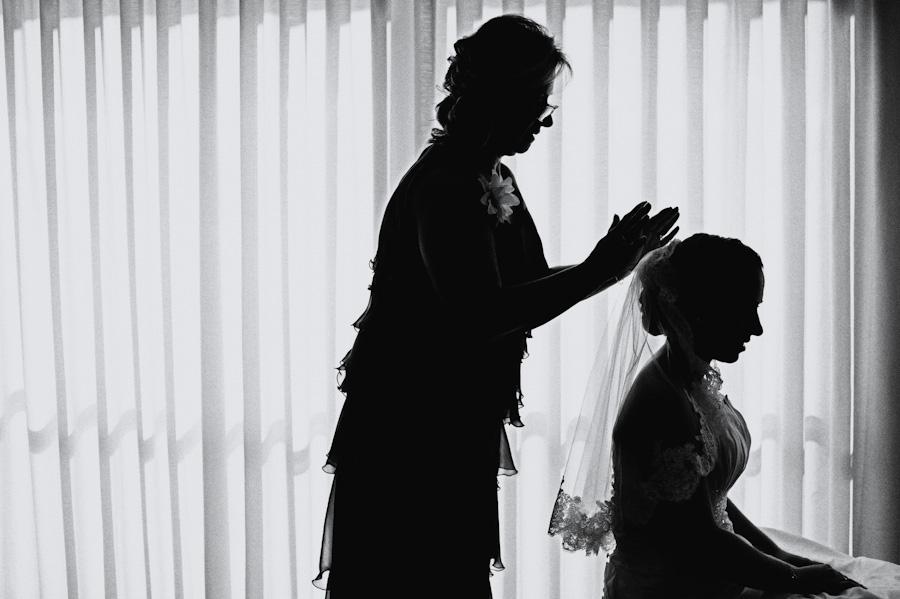 pamela-pepo-boda-en-la-parroquia-san-juan-bautista-y-el-hotel-hilton-airport-de-madrid-22