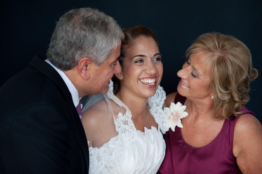 pamela-pepo-boda-en-la-parroquia-san-juan-bautista-y-el-hotel-hilton-airport-de-madrid-25