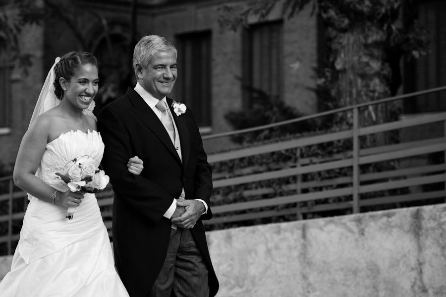 pamela-pepo-boda-en-la-parroquia-san-juan-bautista-y-el-hotel-hilton-airport-de-madrid-50