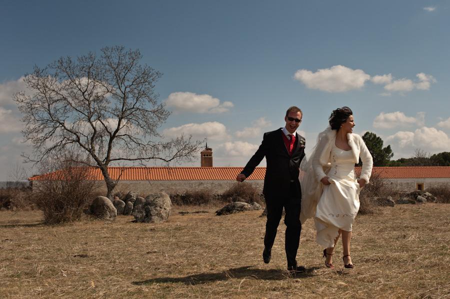 fotos-boda-marta-mario-peralejo-madrid-parroquia-san-matias-aportol-finca-cañada-real-35