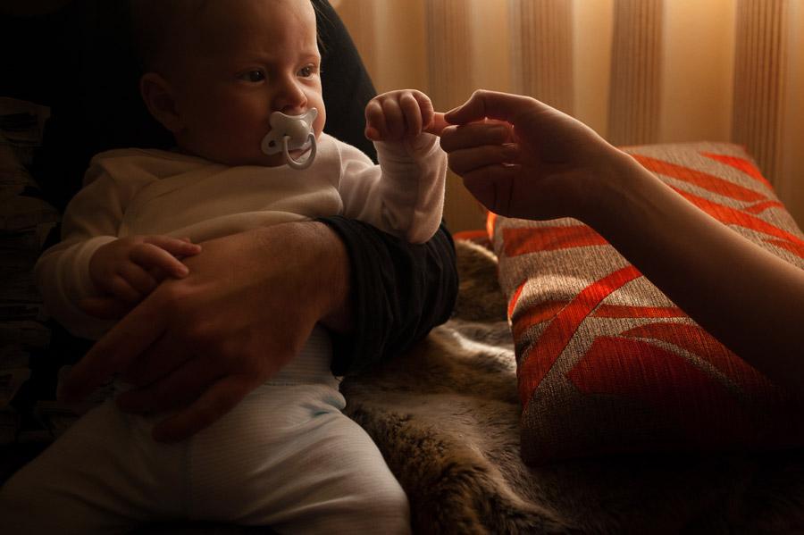 sesion-fotos-de-familia-mostoles-una-mañana-con-noa-y-marco-12