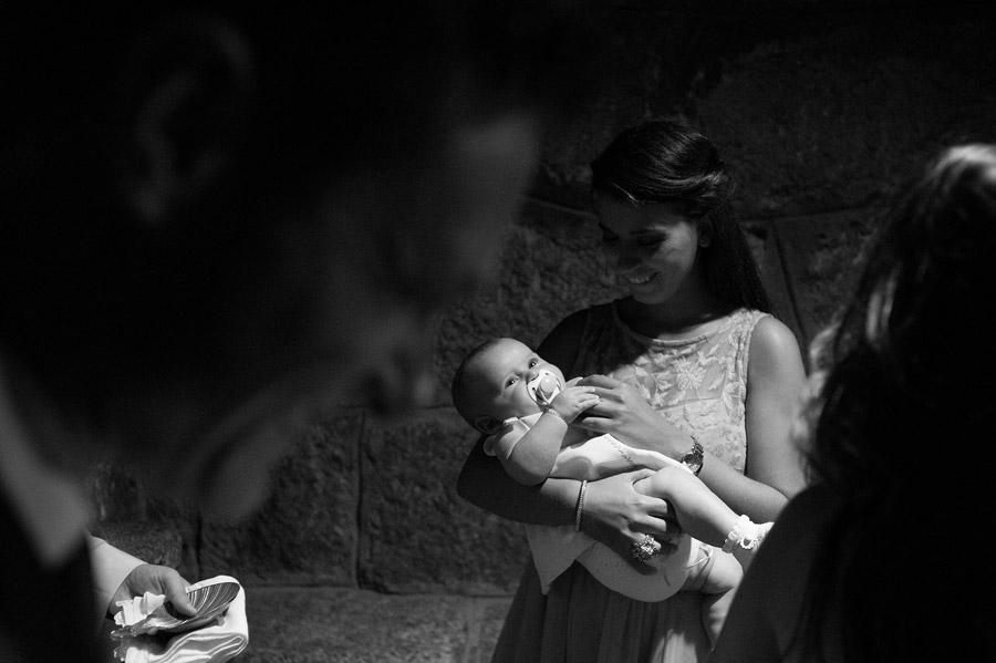 fotos-bautizo-daniela-rivasvaciamadrid-parroquia-torrelodones-daniperezfotografia-fotografo-madrid
