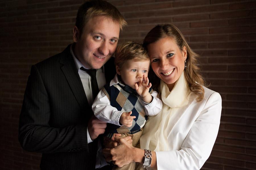 fotos de bautizo, fotografo de bautizos, fotos bautizo madrid, parroquia santisimo redentor, fotos de familia