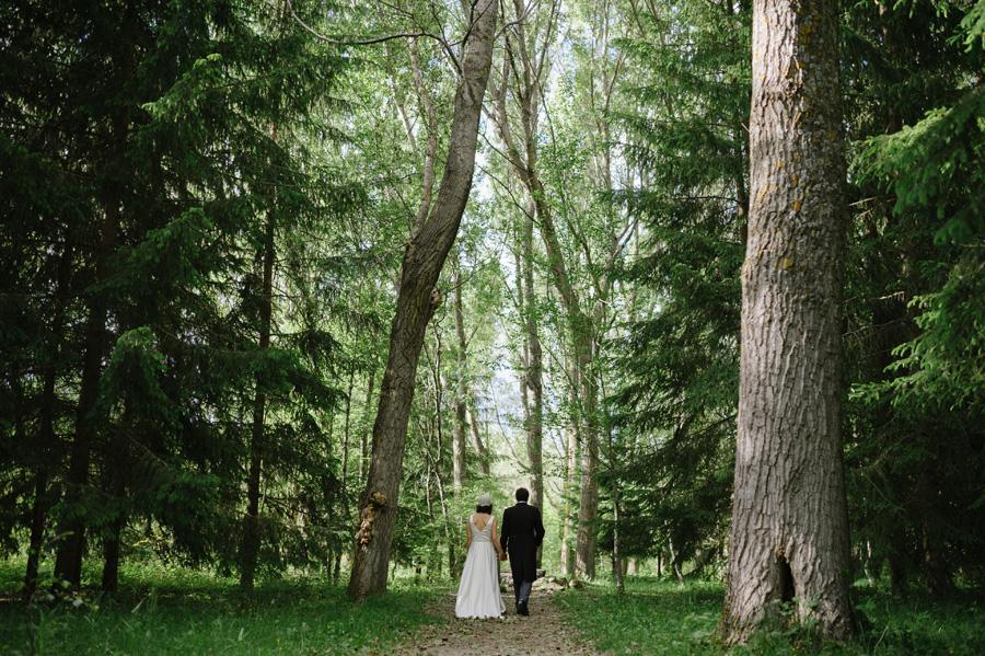 fotografia-boda-bosque-finlandia-rascafria