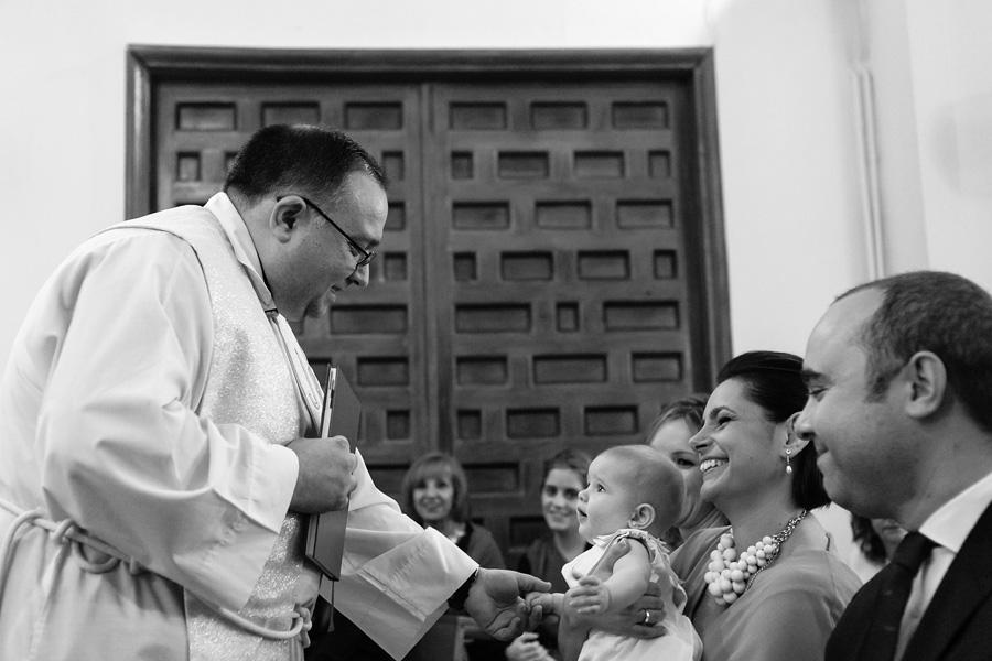 foto de bautizo en la residencia isabel de castilla de vallecas