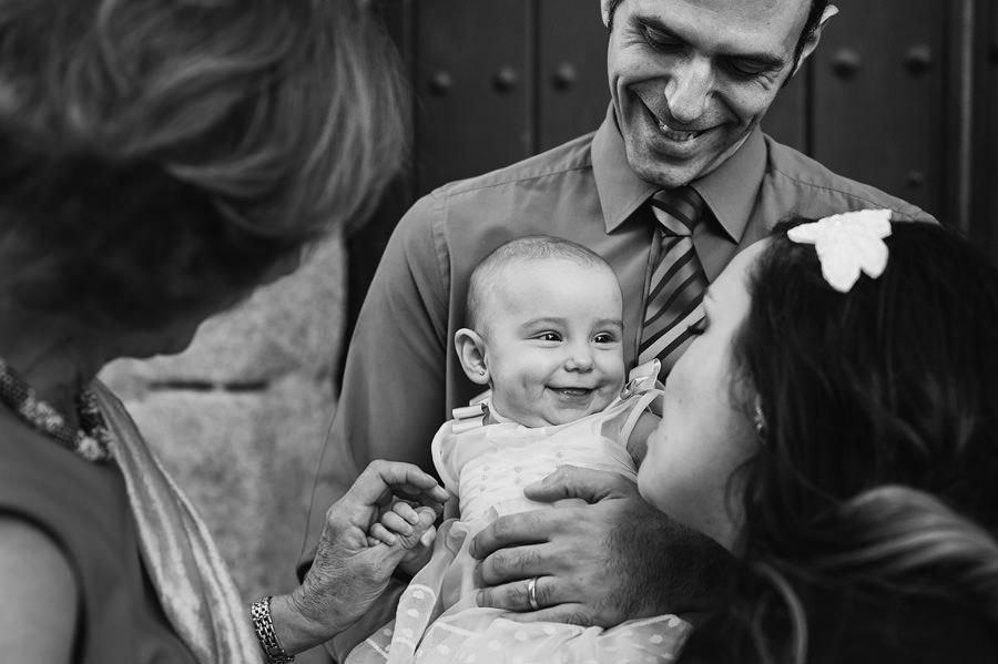 fotos de familia de bautizo en alcobendas
